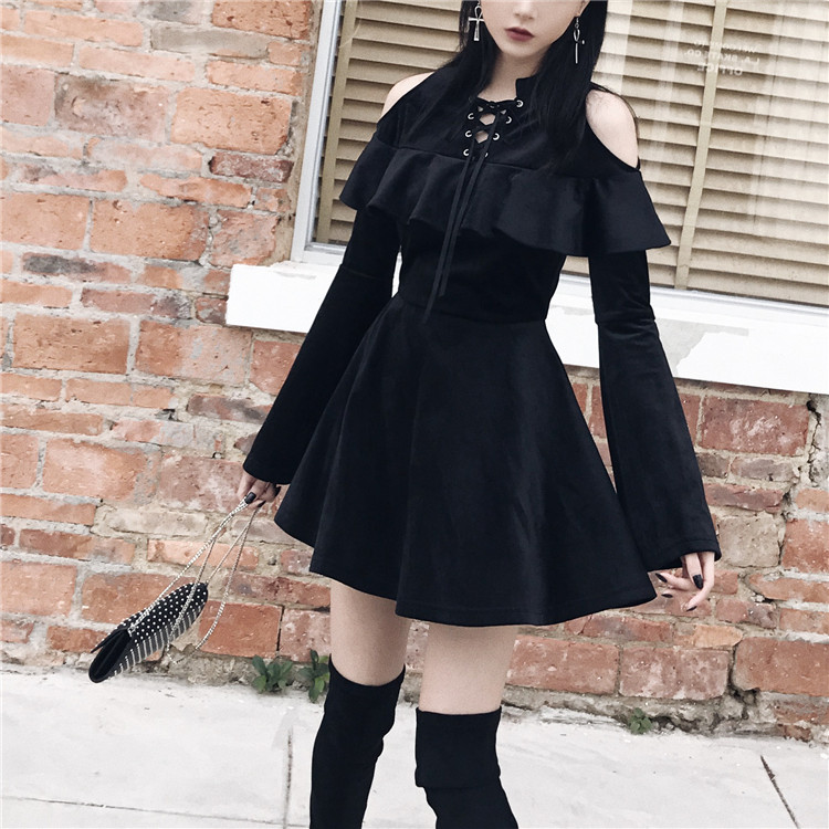Dress Girl Fashion: New Arrival Autumn Gothic Girls Dresses Chest Hollow Out
