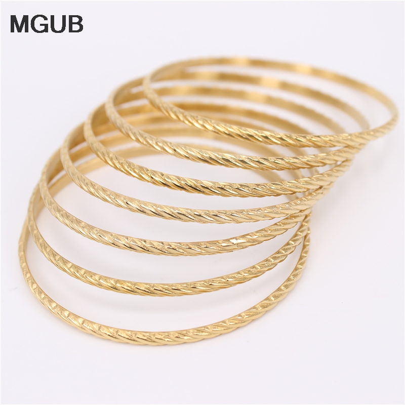 Spring, summer, autumn and winter fashion mix Simple fashion jewelry 7 <font><b>ring</b></font> <font><b>bracelet</b></font> Comfortable to wear LH654 image