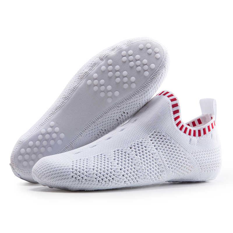 ONEMIX 2019 bahar yeni kadın çok fonksiyonlu çorap ayakkabı erkekler rahat ev terliği nefes örgü hızlı kuru ışık Yoga ayakkabıları