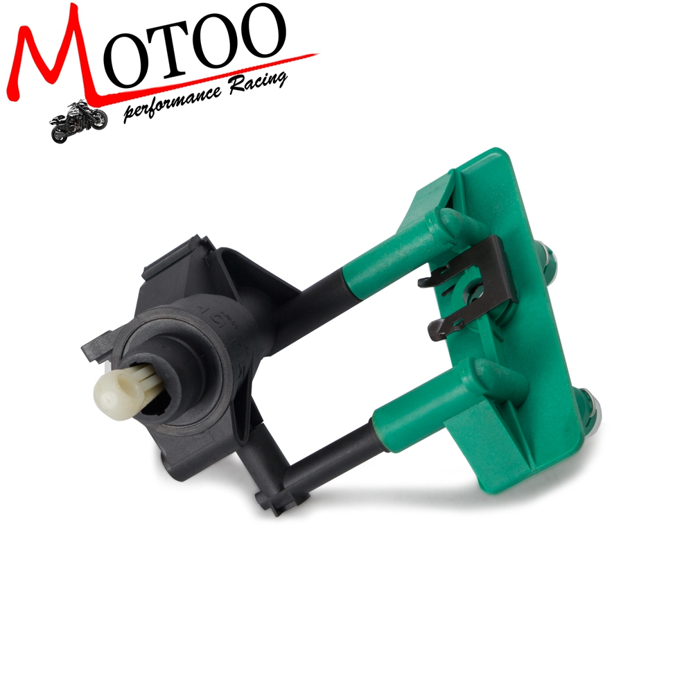 Clutch Master Cylinder  For Ford Focus S SE SEL SES ZX5 L4 2.0L 2.3L 2000-11 1M5Z7A543AA