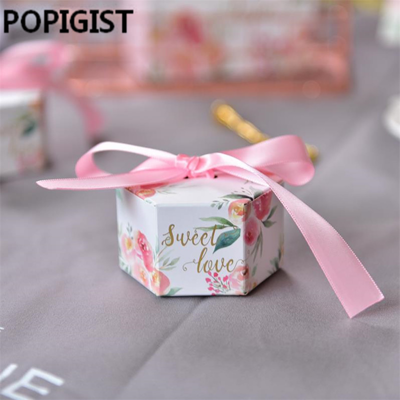 European Pink floral Flowers Candy Boxes Wedding Favors sweet love Gift Box for guests Party decoration