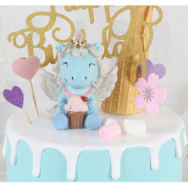 Cute Unicorn Cake Decoration