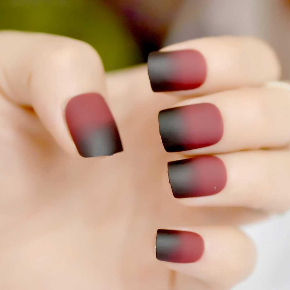 Gradient Short French Nail Tips Black Red Wine Round Matte Design