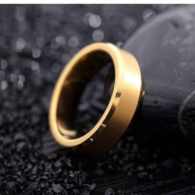 Фото модные кольца на палец из вольфрамовой стали черного золотого
