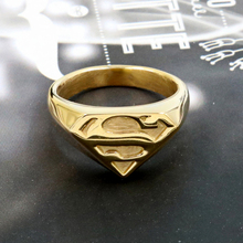 3871be54a957 Los hombres y las mujeres de acero inoxidable de graduación de la escuela  Comics héroe símbolo de Superman escudo anillo niño hi.