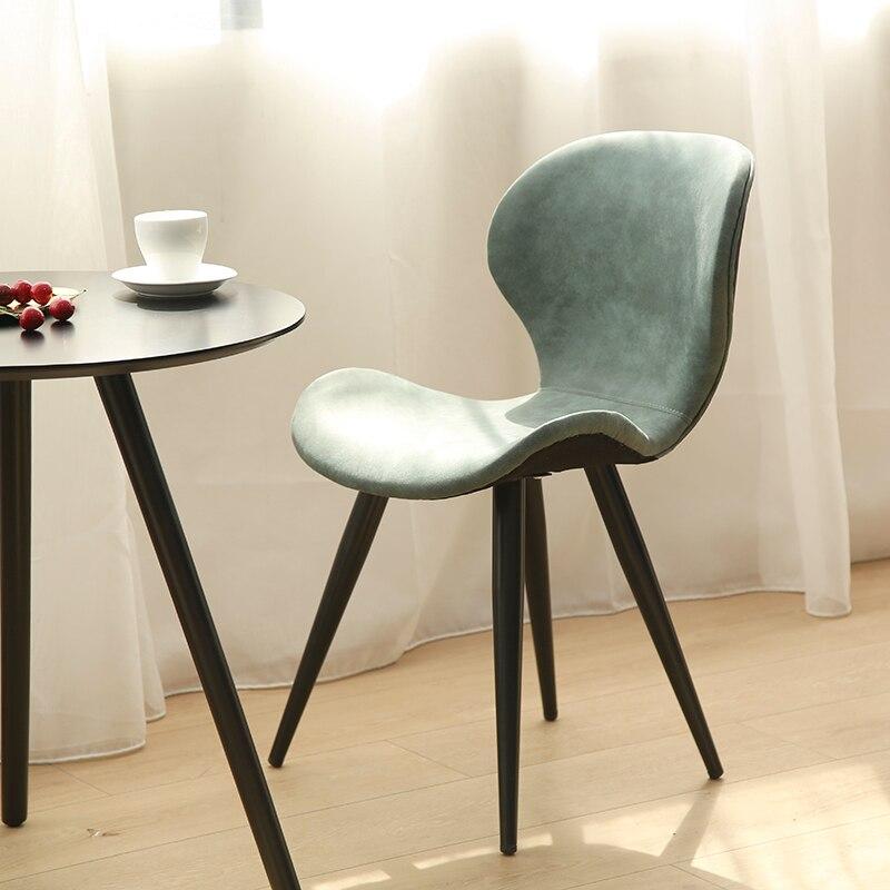 Nordique en bois massif dinant la chaise moderne minimaliste européenne à la maison chaise de réception café-restaurant thé tables et chaises