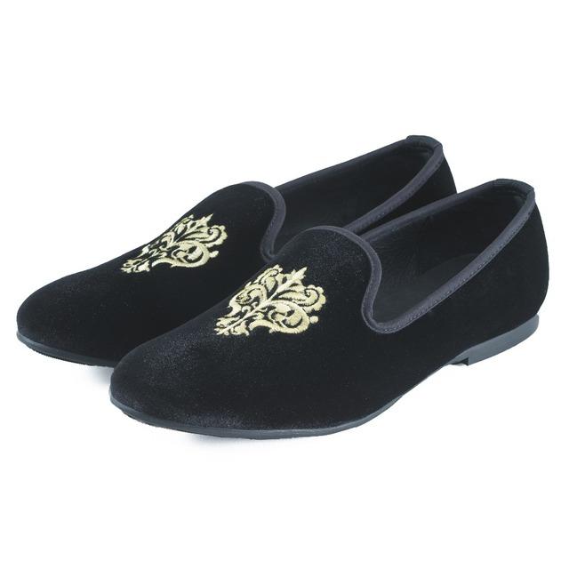 Novos Homens Da Moda Sapatos De Veludo dos homens Britânicos Flats Chinelos Fumadores Mocassins homens Se Vestem Sapatos Pretos Sapatos Casuais Grande Tamanho EUA 7-13