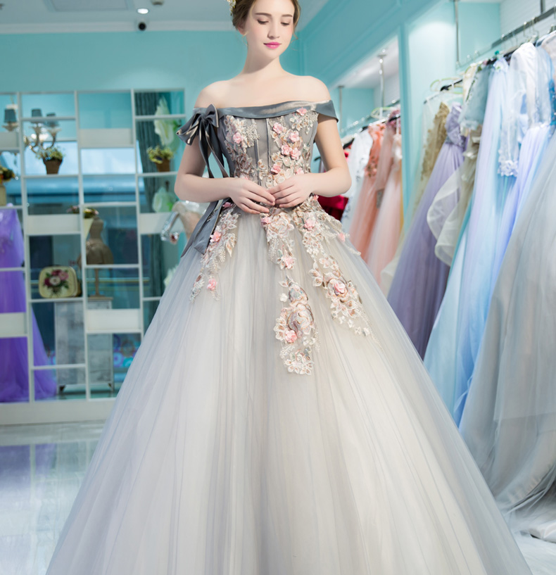 100%real silver grey bowknot flower embroidery beading royal court ball gown Medieval dress Renaissance gown Victoria Belle Ball