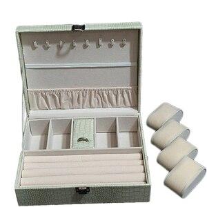 Image 2 - חדש דפוס עור מפוצל תכשיטי תיבת נסיכת תיבת אחסון באיכות גבוהה 4 צבע תכשיטי ארון אריזת מתנה לאישה