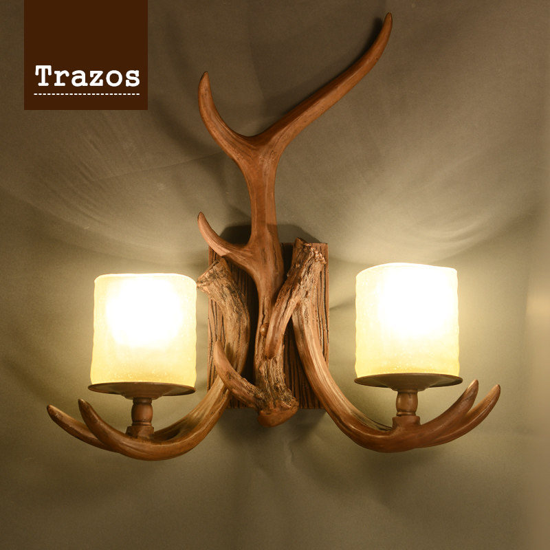 2018 Nordico Retro Wall Lamp American Country Wall Light Resin Deer Horn Antler Lampshade Decoration Sconce 110-240V New Year europe country 5 heads french retro pendant light resin deer horn antler glass lampshade home decoration lighting e27 110 220v