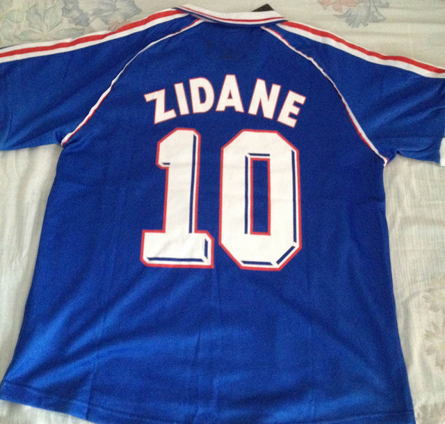 9dde6921e60 France 1998 World Cup French blue home jersey High quality brand football Fans  Shirt men Soccer Retro jersey # 10 Zidane