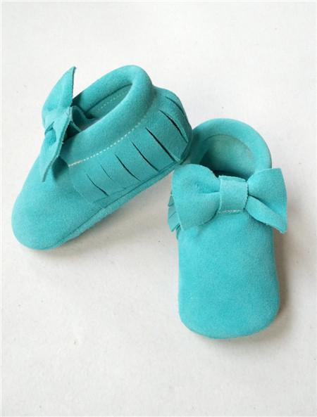 15 colores Nuevo suede fringe bebé mocasines arco zapatos de cuero genuino suave suela prewalker para niños/bebés de la vaca suede tassel moccs