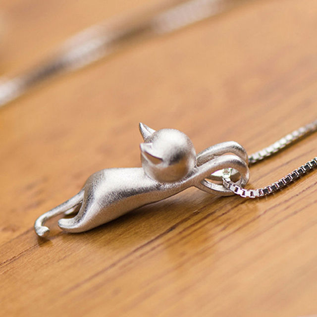 New Fashion Lovely Silver Plated Necklace Tiny Cute Cat Pendants Odd Fancy Jewelry Charm Pendant Necklace 3