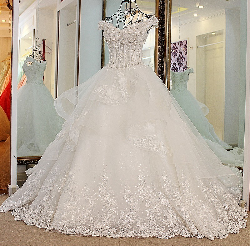 Luxury Appliques Flower Beading Wedding Dresses 2018 Boat Neck Lace Up A-Line Formal Occasion Party Dresses