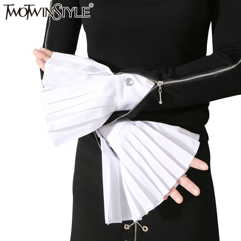 [TWOTWINSTYLE] Original Spring The Organ Cuff Pleated Horn Cuffs Women New Fashion