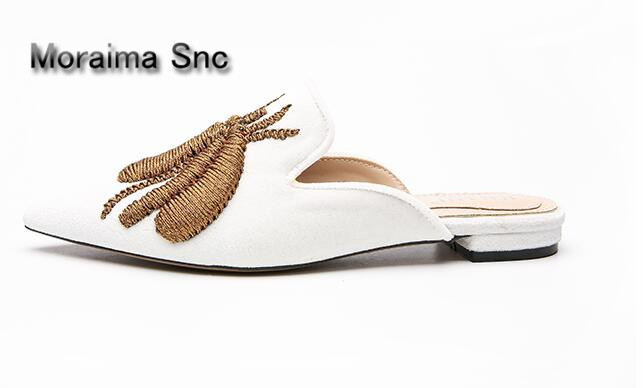 Moraima Snc mules shoes sexy pointed toe flats shoes women animal prints embroider women slippers 2018 spring home chinelos hanbaidi spring retro chic women slippers silk velvet embroider shoes high heels shoes women pointed toe lazy fur slippers shoes