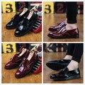 Europa y los Estados Unidos de Bueyes tallados zapatos de suela gruesa recreativo ayuda baja Inglaterra establece zapatos del pie de pelo para los hombres con flecos