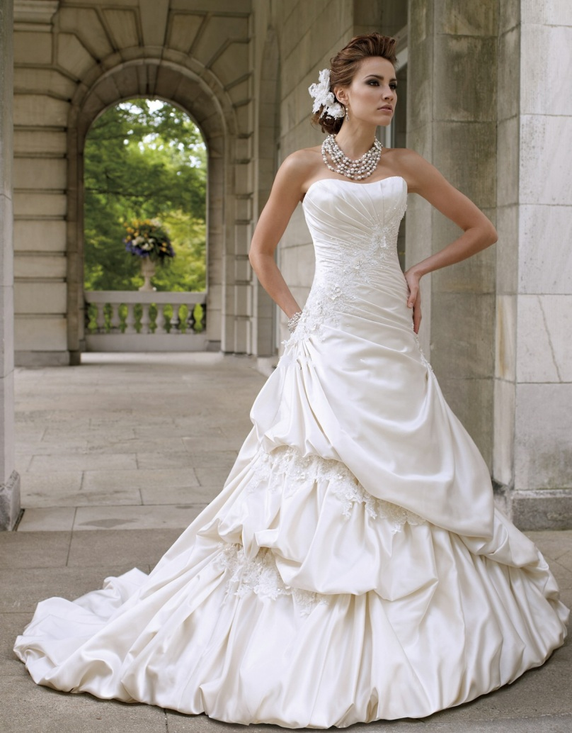 inbal dror wedding dresses bridal fashion week fall cheap sexy wedding dresses Inbal Dror Fall silver lace strapless mermaid wedding dress with bell sleeve beaded shrug