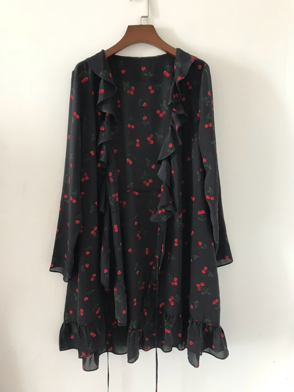 Manches Doux Soie Cerise Mini Robe 100 Femmes Volants Wrap Black Deep À V Longues Noir Imprimer Cou qf68wxw4A