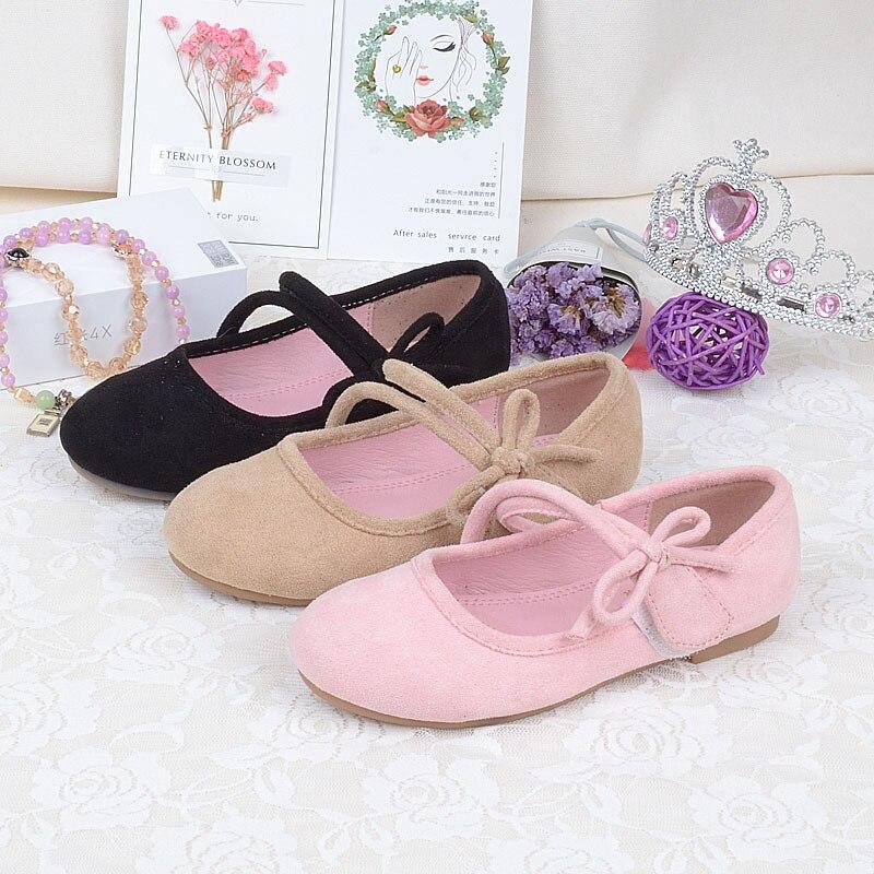 b1e56a4800 Qloblo das Meninas Crianças Apartamentos sapatos Sapatos de Estudantes de  Moda Sneakers Brown Macio E Confortável Calçado Princesa Vestido eu24-35