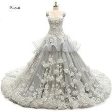 Új Gergeous Egyedi Virágok Applique Ball Gown ujjak Court Train Formális esküvői ruhák Kiváló minőségű valódi minta