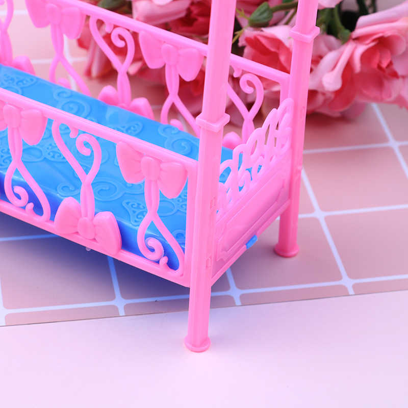 Модные Пластик кровать софа мебель для спальни для кукольный домик для девочек подарок на день рождения двойной кроватка-колыбель аксессуары для подушек