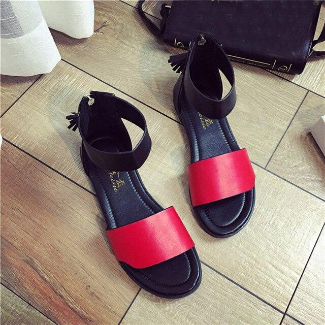 Sandálias da moda Verão Mulheres Sandálias Flat Calçados femininos Confortáveis Chinelos de Couro Macio Sandálias Sandalias Mujer feminino