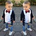 Bonito conjuntos de roupas de outono das crianças marca de roupas de Bebê menino definir criança terno de algodão cardigan/casacos + t-camisas + calça jeans + arco 4 pcs conjuntos
