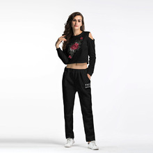 YYFS 2019 Fashion Womens Casual Sports Suit Short Embroidery Flower Printed Strapless Top Women Two Piece Sets