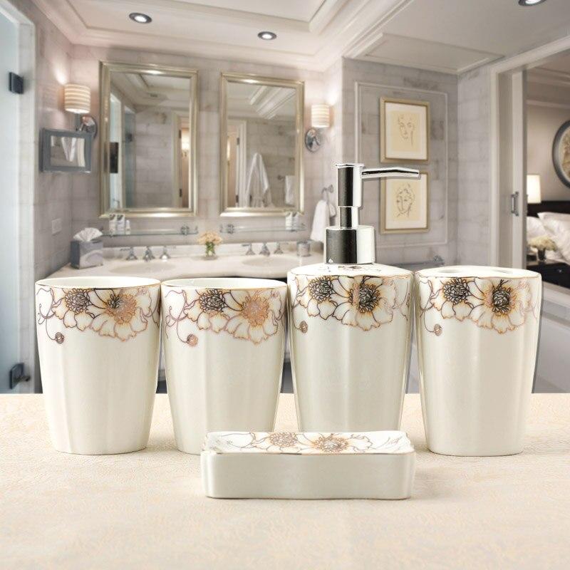 Ev ve Bahçe'ten Banyo Aksesuar Setleri'de 5 adet/grup seramik banyo el çekilmiş kaliteli ev dekorasyon tuvalet banyo aksesuarları Diş Fırçası tutucu title=