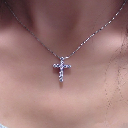 certified cross rose com pendant necklace gold chains carat diamond amazon dp igi
