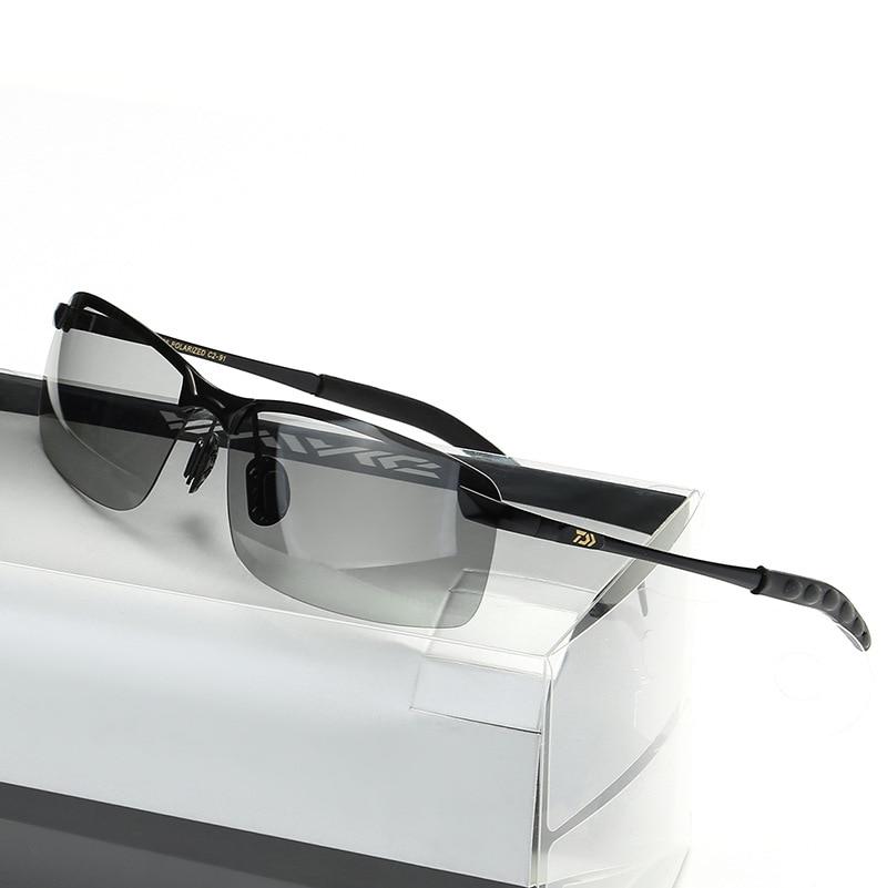 2018 NEW DAIWA Fishing glasses Sunglasses DAWA outdoors polarizer Man DAIWAS Leisure light sports Multi function