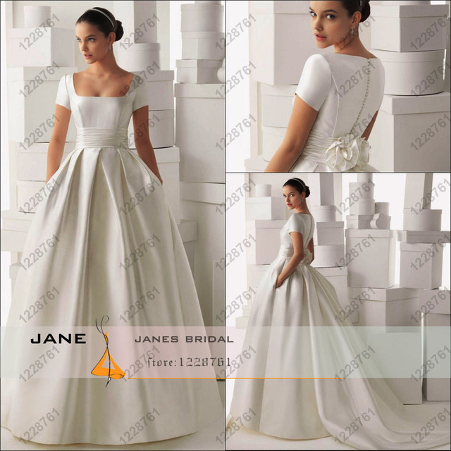 2017 Princess Ball Gown Short Sleeves Satin Wedding Dress Vintage White Ivory Bride Dresses Cheap Price Custom Made