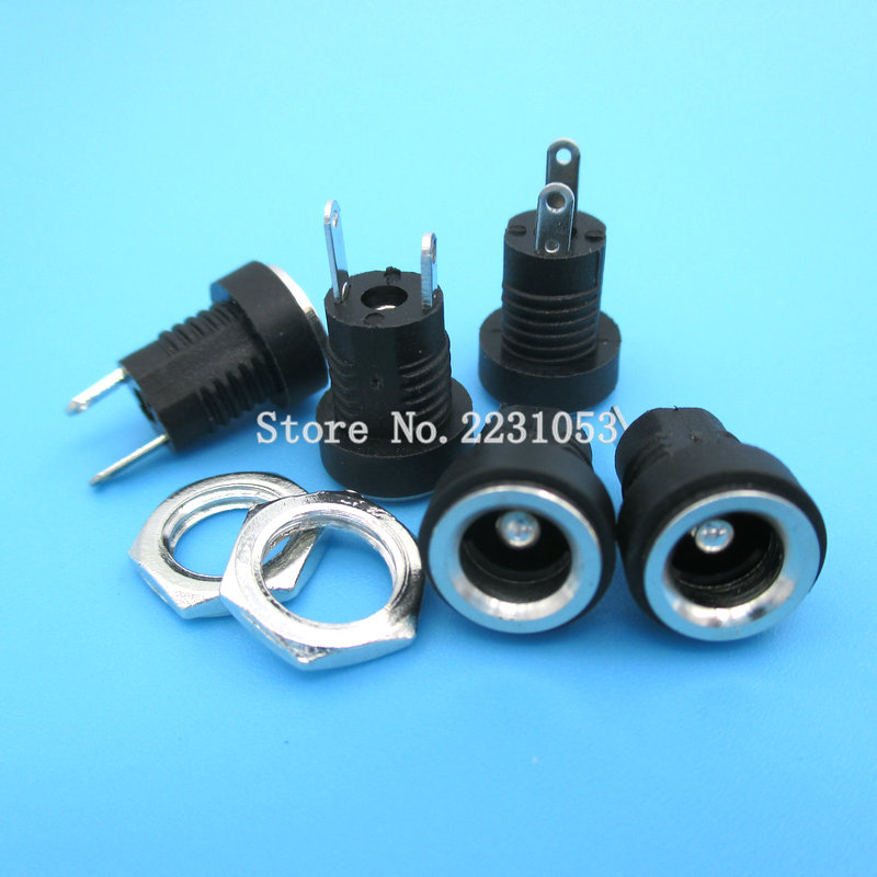 Plug 12 mm Cable Mount 5 A 2 mm DC Power Connector