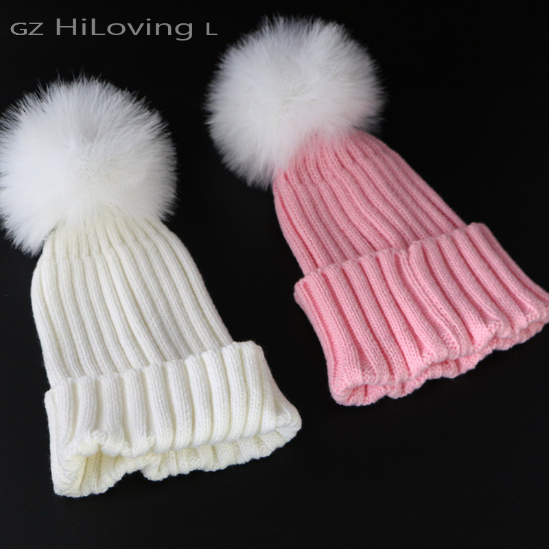 2015 Womens Winter Knitted beanies Hats With Feather Fur pompom Hat Fur Bobble Crochet hats Girls Gorros Cap Hats