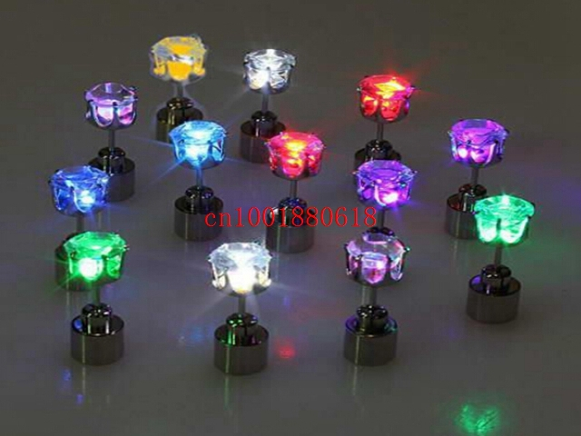 Free shipping Fashional Cool Shiny Glowing Led Earrings colourful stud earring light up Studs Light Party