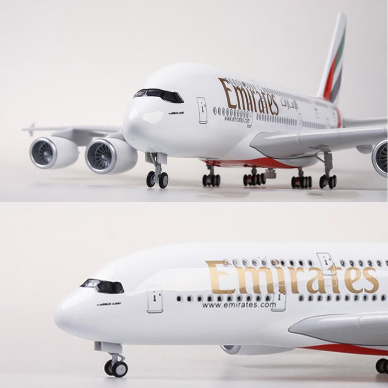 1/160 Scale 45.5cm Airplane Model Airbus A380 EMIRATES Airline Aircraft Model with Light & Wheel Diecast Plastic Resin Plane Toy image