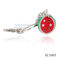 Wholesale Metal Watermelon Shaped Keychain Fruit Key Ring Key Chain For Women Novelty Items Souvenir