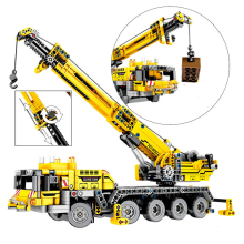 665pcs Technic Engineering Lifting Crane Building Blocks truck Construction Brick Toys For children
