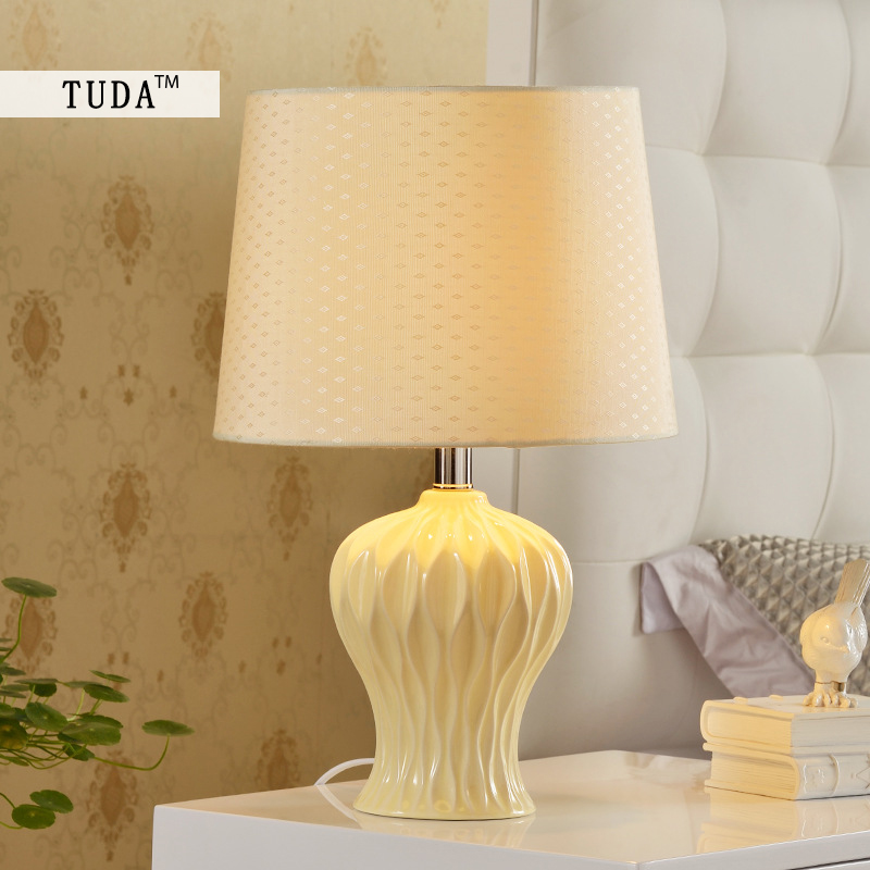 TUDA 30.5X48cm Free Shipping White Ceramic Table Lamp For Bedroom Bedside Living Room Table Lamp Minimalist Vase Table Lamp E27 tuda 2017 now ceramic table lamp chinese wedding room bedroom bedside lamp bedside lamp simple modern ceramic decoration lamp
