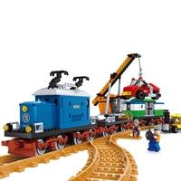 724PCS/SET Model building kits Train Rail Rollingstock blocks Educational model building toys hobbies for children