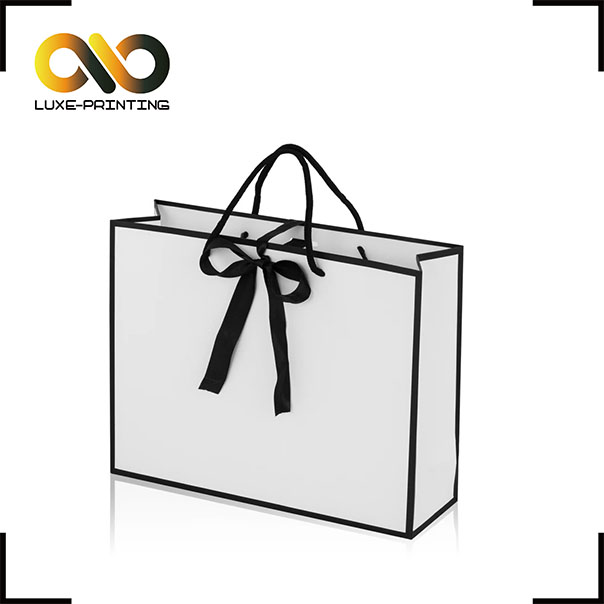 Logo Printed High-end Custom Glossy Foil Stamping Shopping Paper Bag