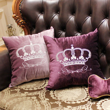 купить Home Decorative Sofa Throw Pillows Crown Court Embroidered Flannel Cushion Cover Embroidered Pillow Case pillow дешево