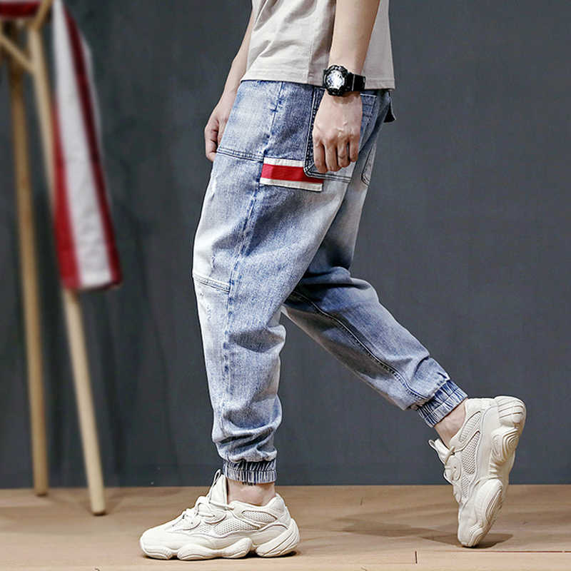 Fashion Streetwear Men Jeans Stripe Spliced Designer Harem Pants Multi Pockets Cargo Pants Slack Bottom Hip Hop Jogger Jeans Men