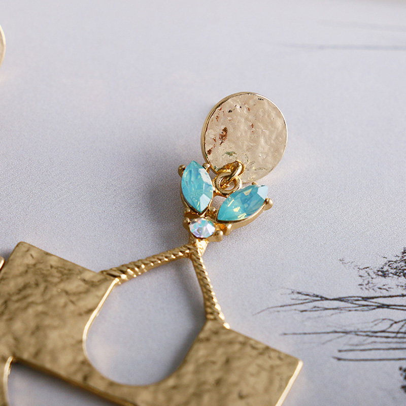 Gold Hammered Alloy Metal Geometric Drop Earrings Women Summer Beach Fashion Jewelry Crystal Party Wedding Bridal Accessories in Drop Earrings from Jewelry Accessories