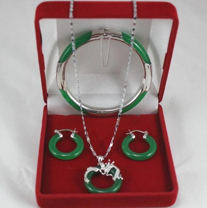Fashion jewelry Set AAA Green Jade Pendant Necklace+Bracelet+Earring SetFashion jewelry Set AAA Green Jade Pendant Necklace+Bracelet+Earring Set