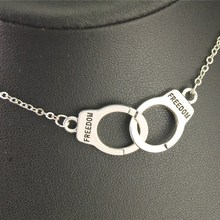1pc Silver Metal Freedom Handcuff Charm Choker Necklace Wome