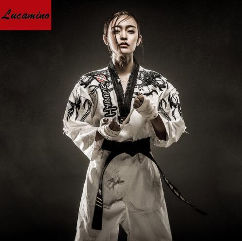 Hot personnalisé broderie taekwondo doboks unisexe caractère individuel à manches longues WTF tae kwon do uniformes adultes TKD vêtements
