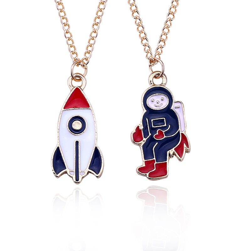 Trendy Cartoon Astronaut Rocket Necklaces & Pendants Enamel Metal Space Cosmonaut Clavicle Chain Necklace For Women Men Colar