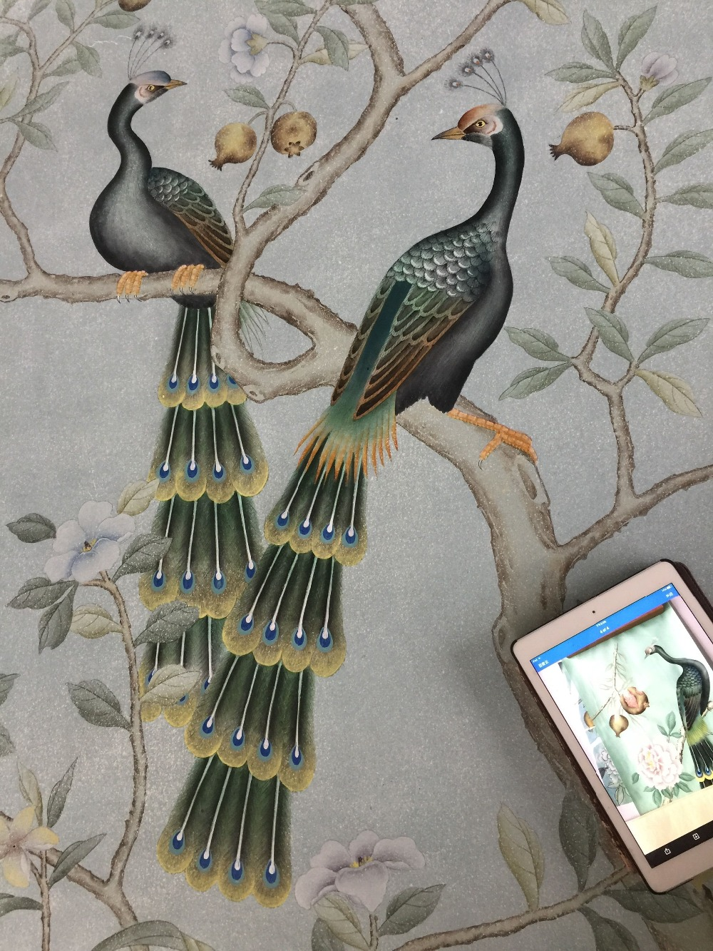 Classic ANTIQUE Effect Hand-painted Non-woven Paper  Wallpaper Painting Flowers With Birds Many Patterns And Background Optional